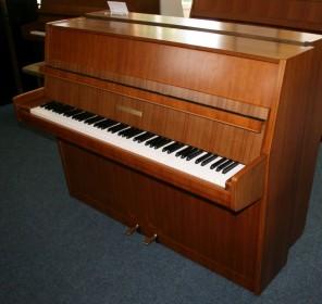 Grotrian-Steinweg Klavier Modell 110M Nussbaum
