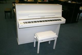 Seiler Klavier Modell Favorit 116 Schleiflack weiß