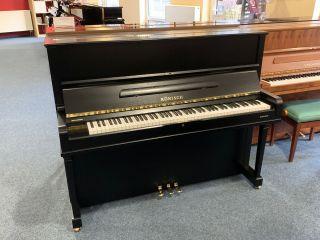 Rönisch Klavier Modell 123 K Eiche schwarz