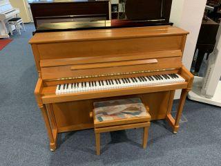 Schimmel Klavier Modell 114K