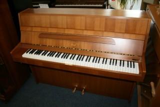 Ibach Klavier Modell B2 Nussbaum satiniert