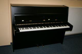 Steinway & Sons Klavier Modell Z-114 Baujahr 1974